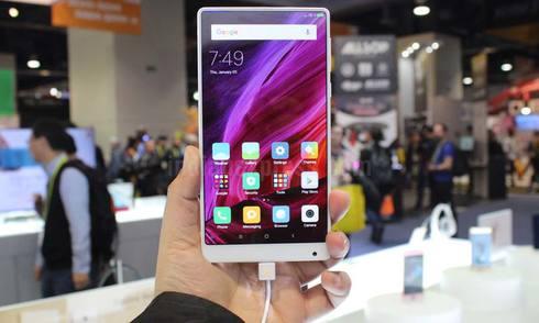 4 smartphone đáng chú ý vừa xuất hiện ở CES 2017