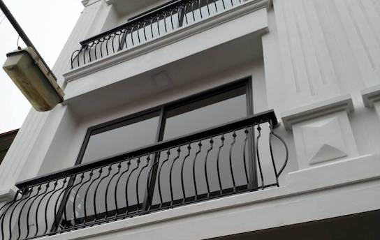 Bán gấp căn hộ mới xây 100% liền kề dự án Vinhome the Harmony Long Biên.