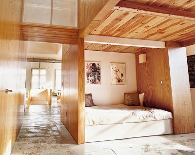 Cuốn hút với nội thất gỗ phòng ngủ