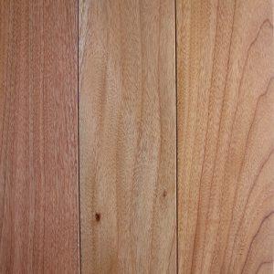 Ván sàn gỗ Lát Hoa