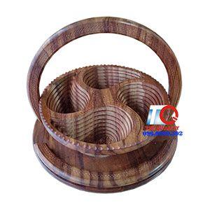 Khay đựng bánh mứt tết 4 ngăn trái tim bằng gỗ, quà tặng tết cao cấp