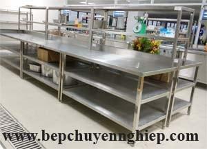 ban inox cong nghiep 2 tang duoi, bàn inox 2 kệ dưới, bàn inox công nghiệp 3 tầng, bàn inox 3 tầng, sản xuất bàn inox giá rẻ, giá bàn inox công nghiệp