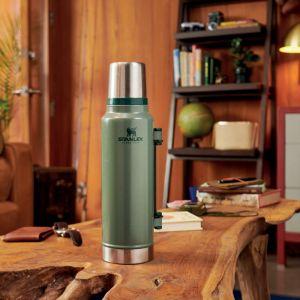 Stanley Classic Vacuum Bottle 1.4L