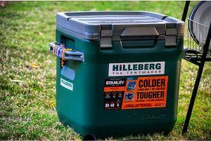 Thùng giữ nhiệt Stanley Adventure Cooler 30QT - Hammertone Green
