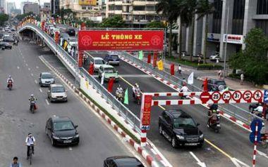 Cầu vượt Lê Văn Lương - Hà Nội