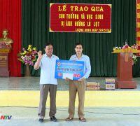Công Ty synot asean Tiếp sức vùng lũ tại Nghệ An.