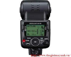 Nikon SB700 Speedlight