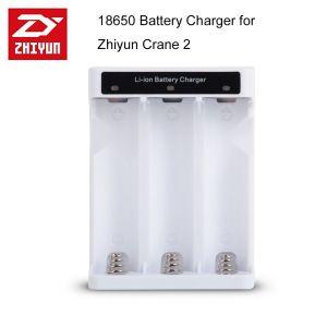 Bộ Xạc Zhiyun Crane 2