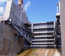 Hệ thống thủy lực cửa xả tràn - Công trình thuỷ điện Nậm Núa