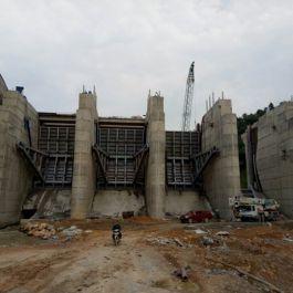 Cửa cung công trình thủy điện Nậm Núa