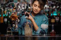 Nữ giới sẽ gặp những khó khăn gì khi theo đuổi nghề Bartender?