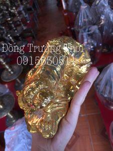 Hổ Phong thủy mạ vàng