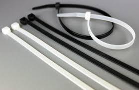 Lạt nhựa đen trắng