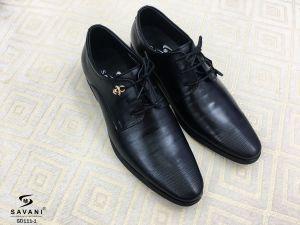 Giày đen viền mũi buộc dây