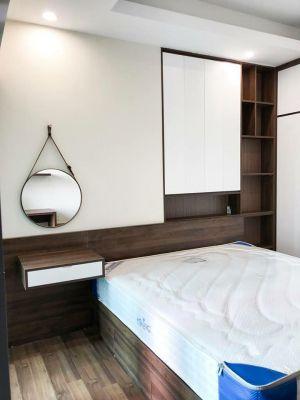 Kệ trang trí âm phòng ngủ