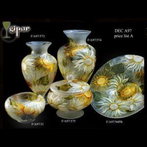 Đĩa hoa vẽ tay nghệ thuật Gipar, H15xD40cm