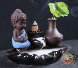 Thác Khói Trầm Hương Phật Tọa Liên Hoa