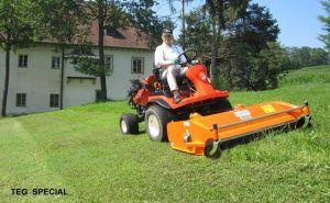 Máy cắt cỏ phía trước