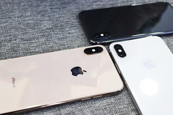 mat-lung-iphone-xs-max-didongviet_uocn