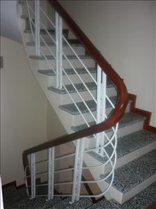 Cầu thang sắt 05
