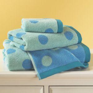 Khăn tắm chấm bi