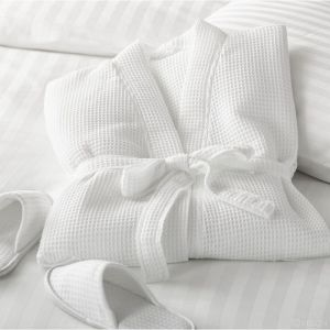 Áo Choàng Khách Sạn