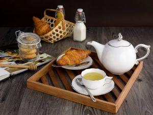 Bộ trà 0.7L - Mẫu Đơn IFP - Chỉ Bạch Kim