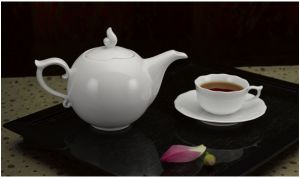 Bộ trà 0.7L - Mẫu Đơn Trắng