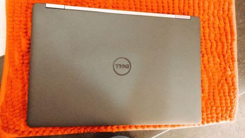 #Laptop #Dell #E5570 #Core_i7- 6820HQ #VGA #Rời R7 M370