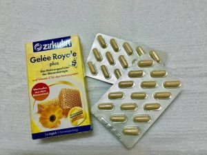 Sữa ong chúa zirkulin gelée royale plus 30v