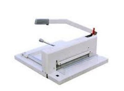 Bàn cắt giấy YG-858