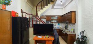 Nhà Phùng Hưng 30m2, 5 tầng, mặt tiền 3.8m