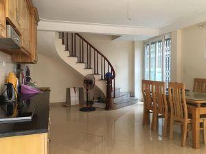 Nhà TÂN TRIỀU-TRIỀU KHÚC 37 M2, 5 tầng. mặt tiền 4,5m