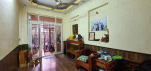 Nhà Kim Giang,  52m2, 5 tầng, mặt tiền 3,2m