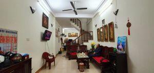Nhà đường Kim Giang, ô tô đỗ cửa 45/48m2, 4 tầng, mặt tiền 3.5m