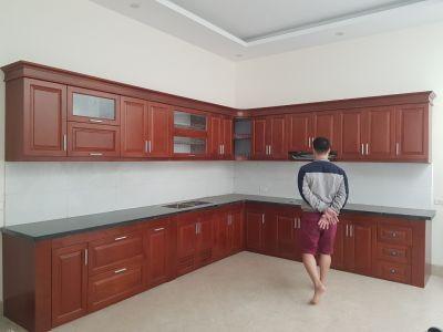 Tủ xoan đào Anh chị Hương Tráng ở Dốc Láp, Vĩnh Phúc