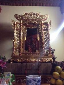 Gian thờ 29