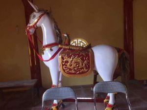 ngựa 2