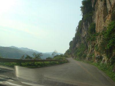 Kinh nghiệm lái xe vùng đồi núi đèo dốc.