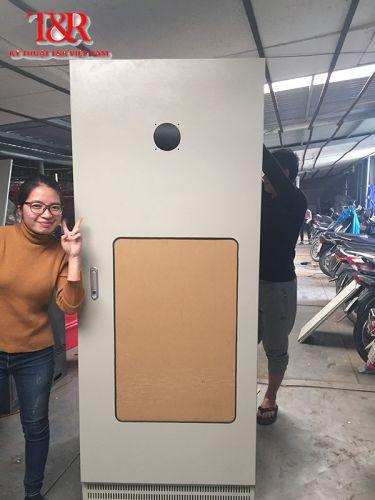 Tủ điện T & R