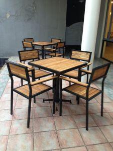 Bàn ghế quán cafe bền đẹp chất lượng