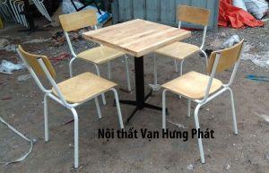 Bộ bàn ghế chân sắt BGS18