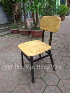 Ghế lưng tựa gỗ cao su cho nhà hàng