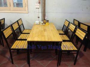 Thi công bàn ghế gỗ thông tại nhà hàng 20 Nguyễn Huy Tự, Hai Bà Trưng, Hà Nội