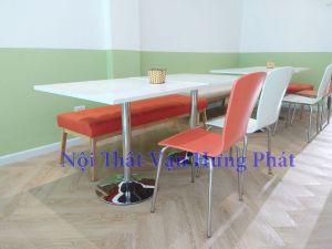 Thi công bàn ghế nhà hàng tại Số 7 Trương Công Giai, Cầu Giấy, Hà Nội