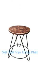 Ghế cafe khung sắt mặt gỗ thông GCF19