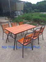 Bộ bàn ghế nhà hàng, cafe khung sắt mặt gỗ thông BGS27