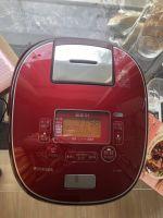Nồi cơm điện 08