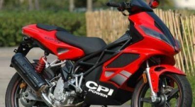 Ưu và nhược điểm: Xe máy dầu và xe máy xăng