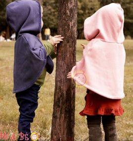 Áo choàng hai màu cho bé gái